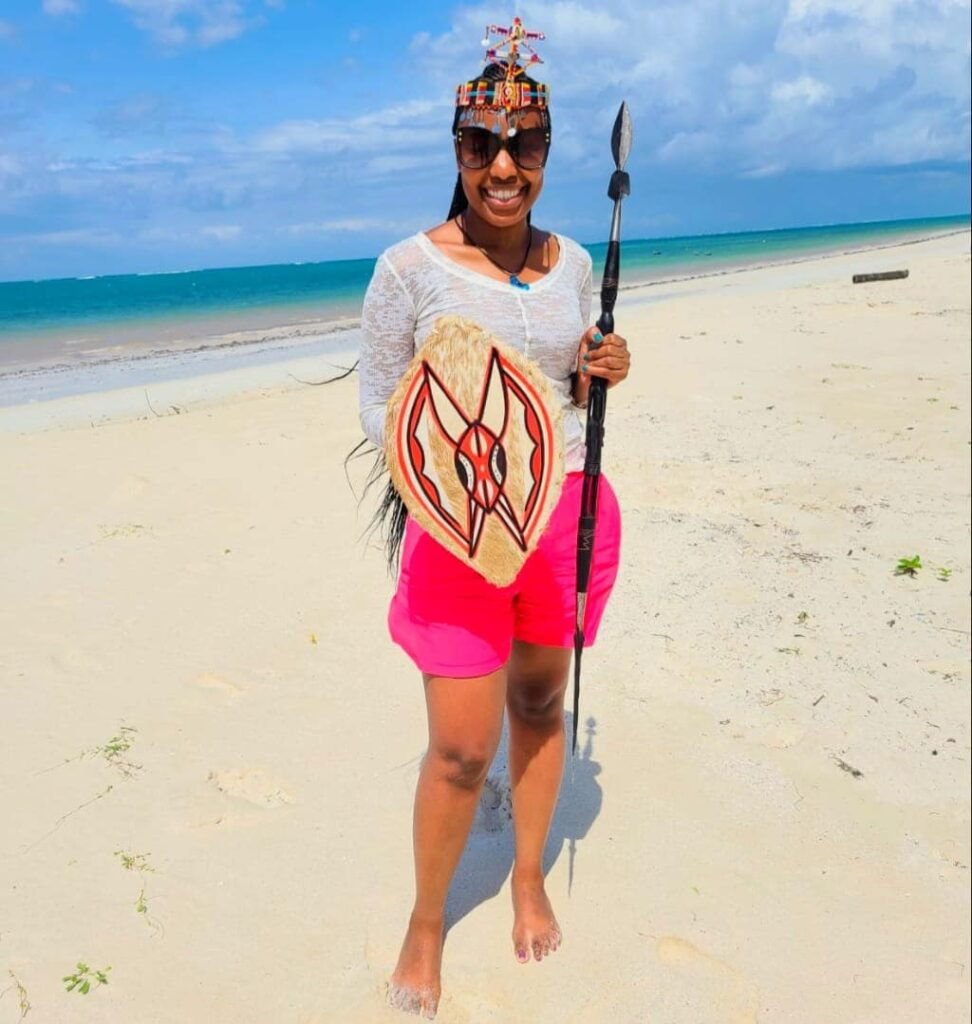 Beach Photo Poses - Masai Accessories and Sphere
